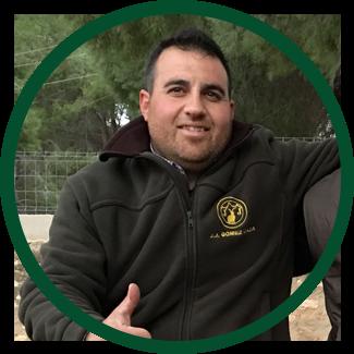 Santos Navarro Profesiional hunter